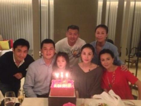 Front: Tony Leung (Carina's husband), Yapeng, Yan, Faye, Carina Lau; back: Na Ying and her husband, Meng Tong.